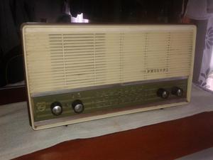 Radio de tubos Phillips funcionando colección