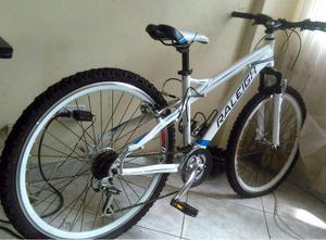 Bicicleta raleigh Mistique Accesorios Shimano