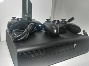Consola Xbox 360 Súper Slim 2 Controles Caja Y Garantía.