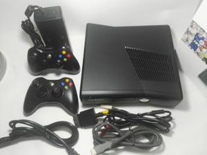 Xbox 360 Slim 2 controles con Garantía Caja como Nuevo