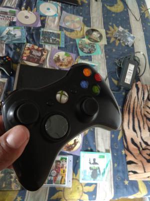 Xbox 360 con Tres Controles