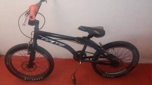 bicicleta GW excelente estado se entrega con freno de disco