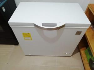 Congelador ELECTROLUX de 200 lts