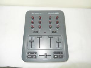 CONTROLADORA DE DJ MEZCLADOR M AUDIO MODELO X SESSION PRO