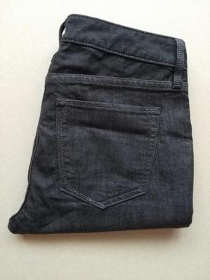 Hermosos pantalón marca Banana Republic super stretch talla