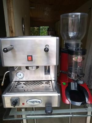 Maquina de Cafe Espreso Capuchino Molino