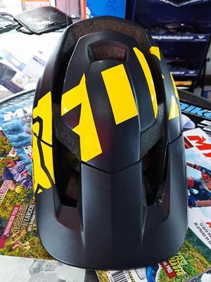 Casco Bicicleta MTB Enduro Negro Con Amarillo