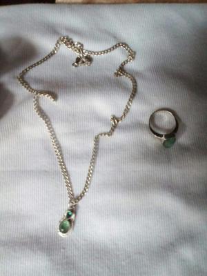 Cadena en Plata con Esmeraldas