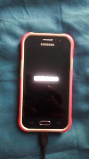 Samsung Galaxy J1 Ace en excelente estado