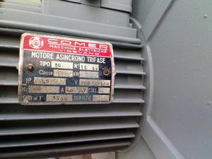 MOTOR DE FLANCHE COMER 1.5 HP  V  RPM TRIFASICO
