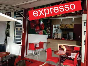 Maquina y muebles para café express