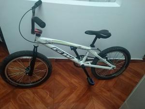 Vendo Bicicleta Gw Pro Elite Barata