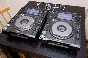 2x Pioneer Nexus Pro Cdj Cd Players dj djm Mixer