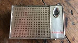 Radio Antiguo Sanyo Pequeño