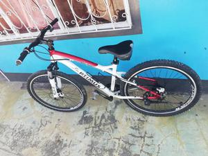 Vendo Bicicleta Todo Terreno en Aluminio