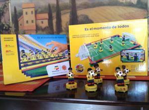 Lego jugadores de la selección, cancha y tribuna