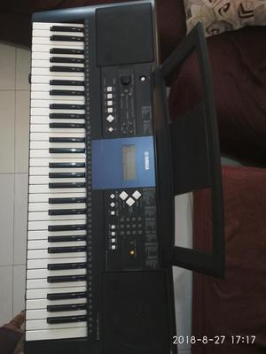 Organeta Yamaha Psr E333