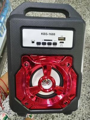 Parlante Bluetooth Portatil A Prueba De Golpes