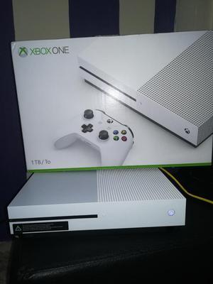 Vendo O Cambio Xbox One S de 1 Tb Comple