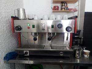 VENDO MÁQUINA PARA CAFÉ ITALIANA BEZZERA. CAPUCHINERA