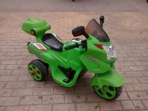 Vendo Moto para Niño en Buen Estado