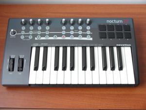 teclado controlador midi NOVATION Nocturn 25