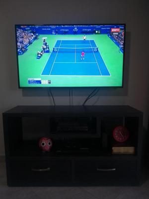 TV LED 4K SAMSUNG UN49MU COMO NUEVO BARATO