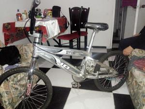 Vendo Hermosa Bicicleta Bmx Como Nueva
