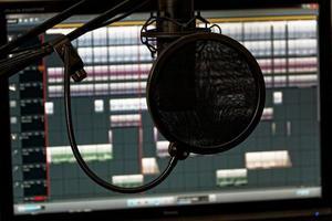 Estudio de Grabación Audios Publicidad Cuñas Jingles Voz