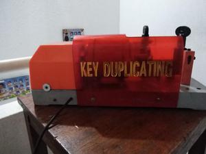 Vendo Maquina de Copiar Llaves