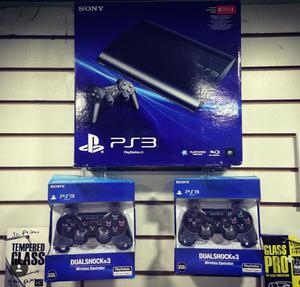 Play 3 PS3 Super slim 160 GB con 40 juegos! Como NUEVO!