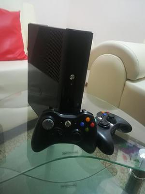 Xbox 360 Super Slim E de 500g Como Nuevo