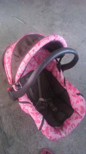 Se Vende Porta Bebe O Silla para Carro