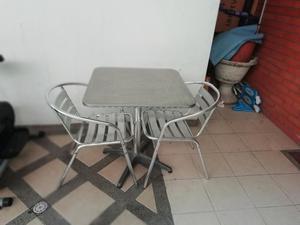 Mesa Y 2 Sillas de Aluminio