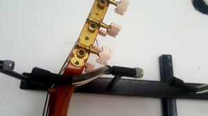 Soporte de Pared para 12 Guitarras