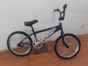 Vendo Bicicleta Gw de Aluminio