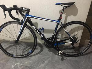 Bicicleta SAVA fibra de carbono
