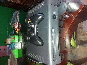 Vendo xbox 360 arcade lente nuevo listo para pasarlo a 50