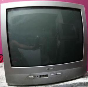 Televisor en Buen Estado con Control