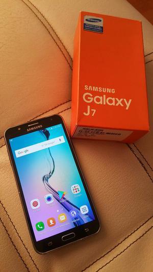 Samsung J7 en Buen Estado