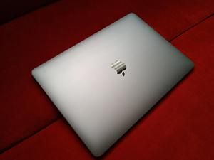 VENDO O CAMBIO MACBOOK PRO 13,3 CORE I5 8GB DE RAM