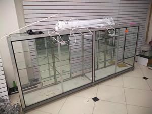 Remate de Vitrinas en Aluminio Y Vidrio