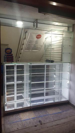 Vitrinas en vidrio para exhibicion de productos, en perfecto