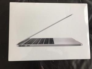 Vendo macbook pro 13 pulgadas modelo junio  teclado