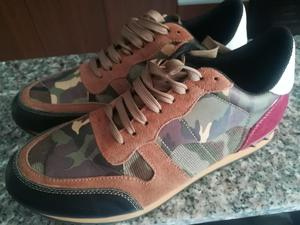 NUEVOS Zapatos camuflados talla 40