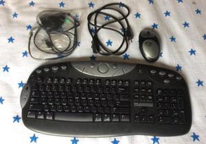 Vendo teclado inalámbrico marca logitech en buen estado
