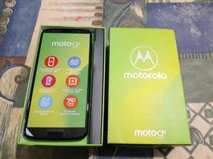 Vendo o cambio por Iphone,5S o SE,mas encima,es un Moto