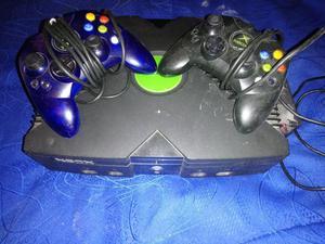 Vendo Xbox Clásico con Dos Controles Ori