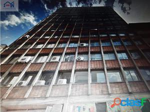 Se vende Oficina en el centro de Medellín Ant.