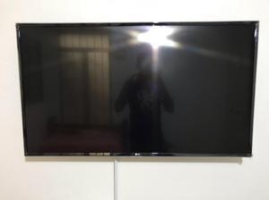 """Vendo Tv 4K Smarttv 43"""" Lg Hdr"""